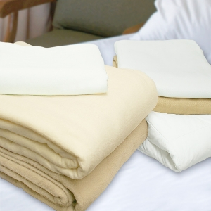 Fleece & Thermal Blankets
